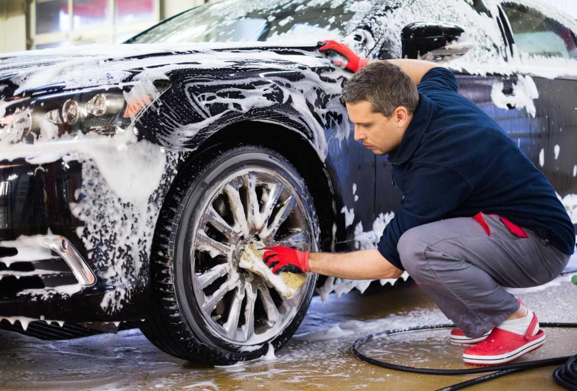 El mantenimiento de la carrocería de tu coche, alargará su vida útil